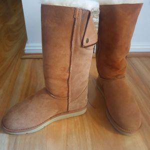 Brand new UGG boots - by Koalabi